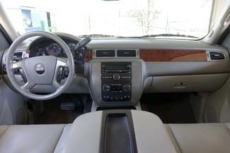 2011 GMC Yukon SLT * 1-OWNER * Quads * 20's * SUNROOF * A/C Seats Plano, Texas 8