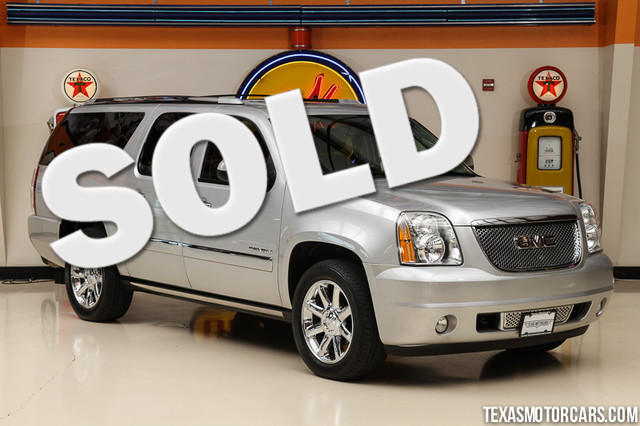 2011 GMC Yukon XL Denali This Carfax 1-Owner 2011 GMC Yukon XL Denali is in great shape with only
