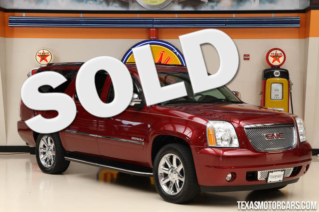 2011 GMC Yukon XL Denali This clean Carfax 2011 GMC Yukon XL Denali is in great shape with only 95