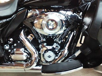 2011 Harley-Davidson Electra Glide® Ultra Limited Anaheim, California 8