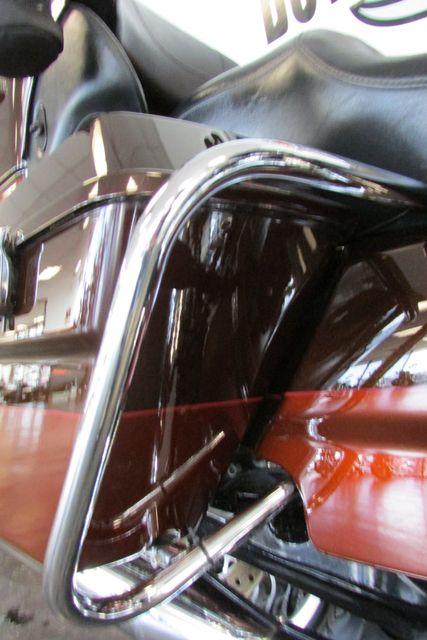 2011 Harley-Davidson Electra Glide® Ultra Limited Arlington, Texas 12