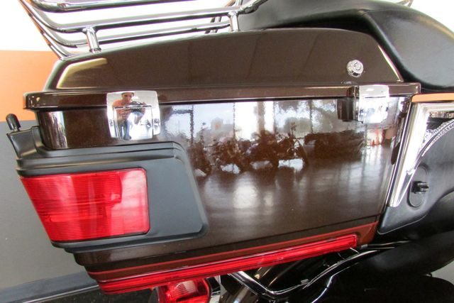 2011 Harley-Davidson Electra Glide® Ultra Limited Arlington, Texas 26