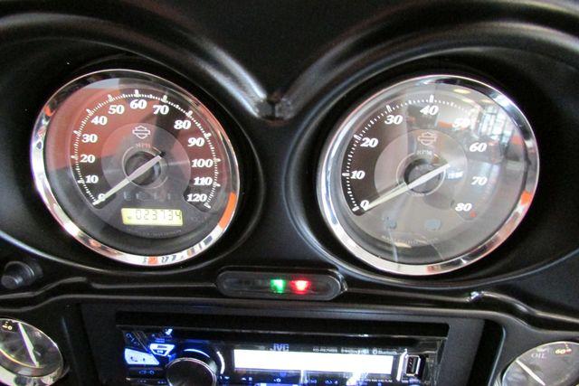 2011 Harley-Davidson Electra Glide® Ultra Limited Arlington, Texas 35