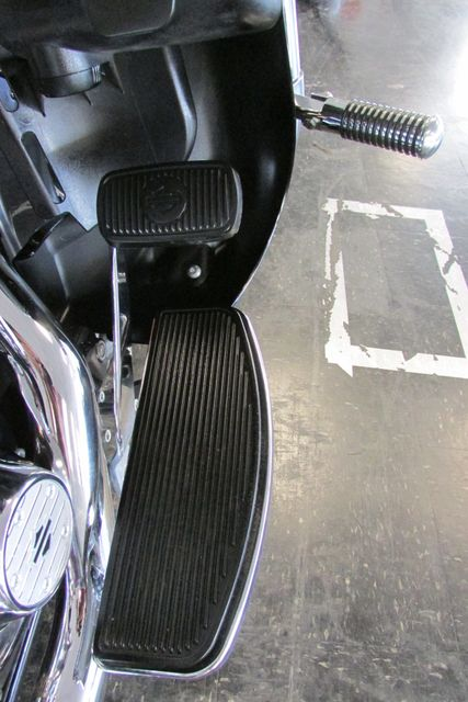 2011 Harley-Davidson Electra Glide® Ultra Limited Arlington, Texas 16