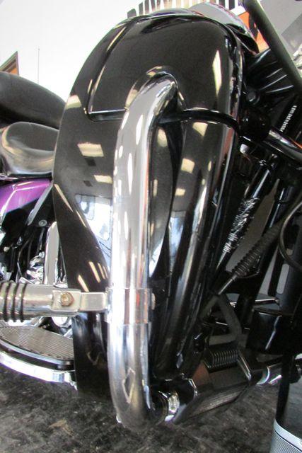 2011 Harley-Davidson Electra Glide® Ultra Limited Arlington, Texas 24