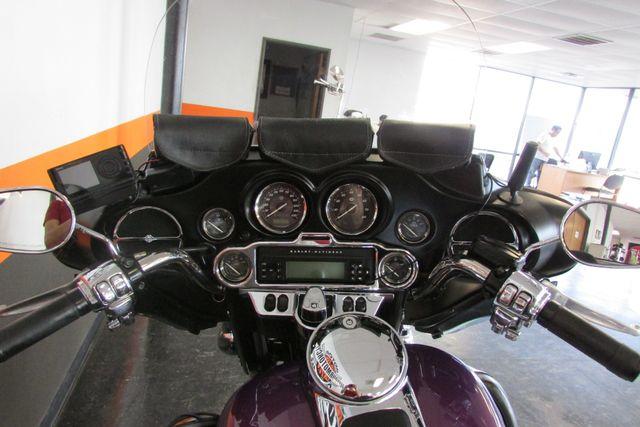 2011 Harley-Davidson Electra Glide® Ultra Limited Arlington, Texas 30
