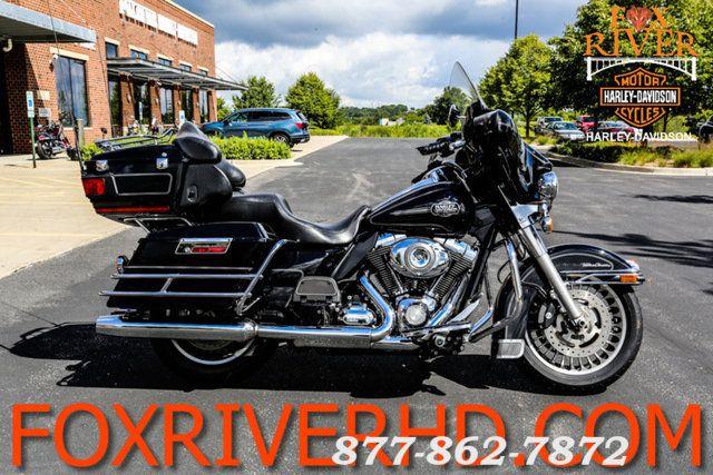 2011 Harley-Davidson ELECTRA GLIDE ULTRA CLASSIC FLHTCU ULTRA CLASSIC FLHTCU McHenry, Illinois 1