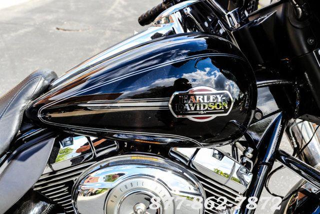 2011 Harley-Davidson ELECTRA GLIDE ULTRA CLASSIC FLHTCU ULTRA CLASSIC FLHTCU McHenry, Illinois 8