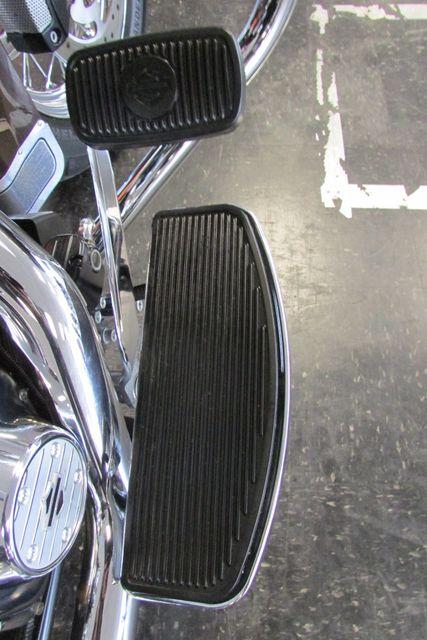 2011 Harley-Davidson Road King® Classic Arlington, Texas 18