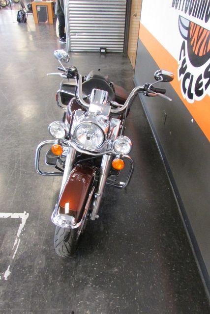 2011 Harley-Davidson Road King® Classic Arlington, Texas 4