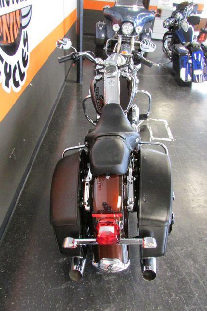 2011 Harley-Davidson Road King® Classic Arlington, Texas 9