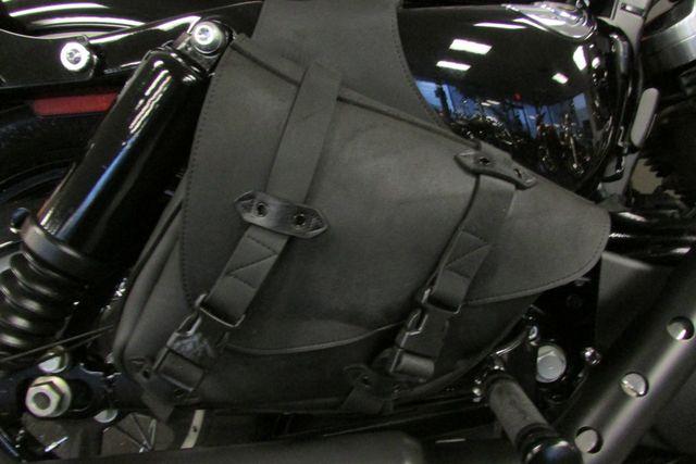 2011 Harley-Davidson Sportster® Forty-Eight™ Arlington, Texas 17