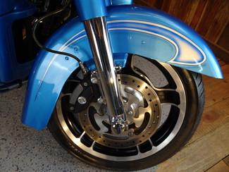 2011 Harley-Davidson Street Glide® Anaheim, California 16
