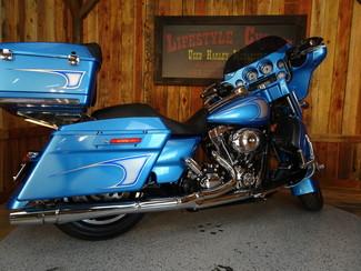 2011 Harley-Davidson Street Glide® Anaheim, California 27