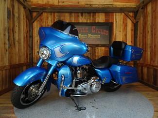 2011 Harley-Davidson Street Glide® Anaheim, California 12