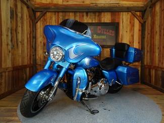 2011 Harley-Davidson Street Glide® Anaheim, California 13