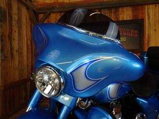2011 Harley-Davidson Street Glide® Anaheim, California 14