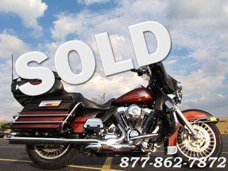 2011 Harley-Davidson ULTRA CLASSIC ELECTRA GLIDE FLHTCU TWO TONE ULTRA CLASSIC FLHTCU McHenry, Illinois