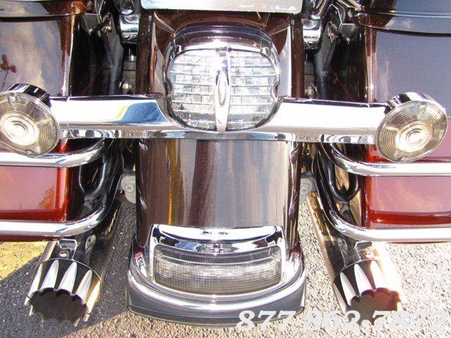 2011 Harley-Davidson ULTRA CLASSIC ELECTRA GLIDE FLHTCU TWO TONE ULTRA CLASSIC FLHTCU McHenry, Illinois 28