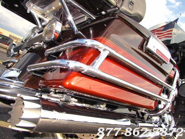 2011 Harley-Davidson ULTRA CLASSIC ELECTRA GLIDE FLHTCU TWO TONE ULTRA CLASSIC FLHTCU McHenry, Illinois 30