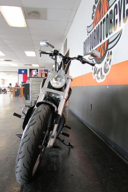 2011 Harley-Davidson VRSC™ V-Rod Muscle® Arlington, Texas 3