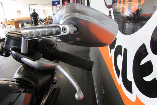 2011 Harley-Davidson VRSC™ V-Rod Muscle® Arlington, Texas 30