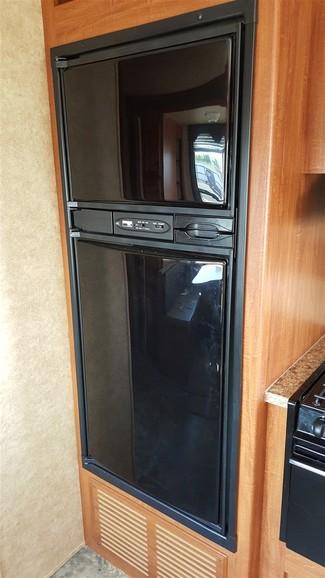 2011 Heartland Elkridge Express, 27'  E 24 Erie, Colorado 13