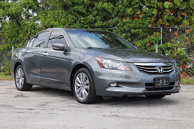 2011 Honda Accord EX-L  WARRANTY CARFAX CERTIFIED ONE OWNER 10 SERVICE RECORDS FLORIDA VEHI