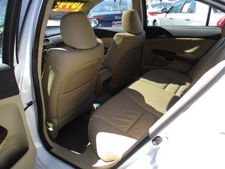 2011 Honda Accord EX-L Milwaukee, Wisconsin 9