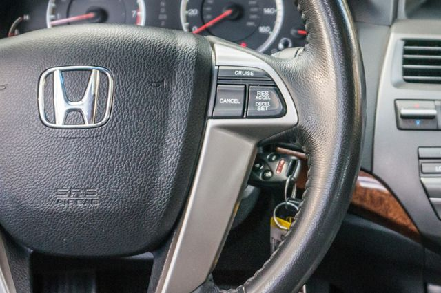 2011 Honda Accord EX-L Reseda, CA 21