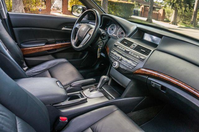 2011 Honda Accord EX-L Reseda, CA 33