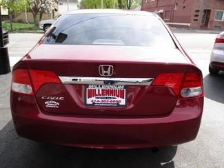 2011 Honda Civic LX Milwaukee, Wisconsin 4