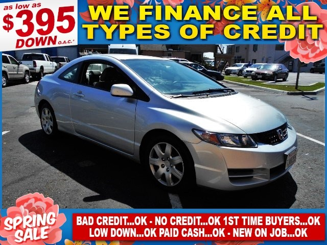 2011 Honda Civic LX Limited warranty included to assure your worry-free purchase AutoCheck report
