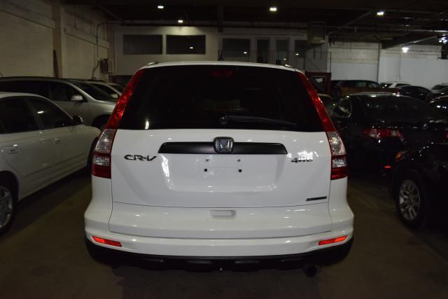2011 Honda CR-V SE Richmond Hill, New York 5