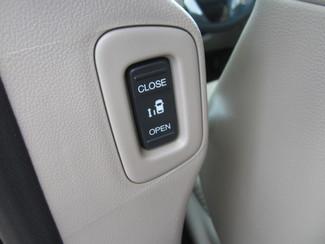 2011 Honda Odyssey EX-L Batesville, Mississippi 32