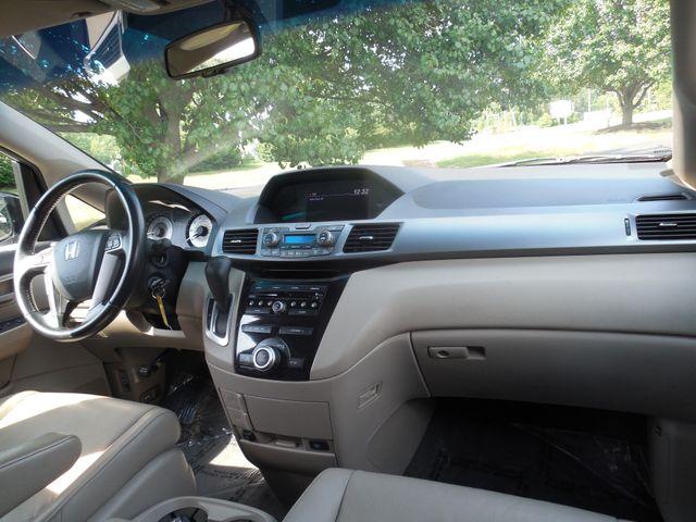 2011 Honda Odyssey EX-L Leesburg, Virginia 16