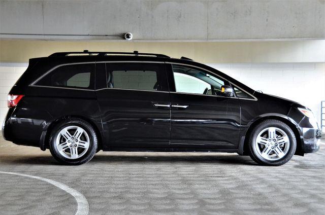 2011 Honda Odyssey Touring Reseda, CA 26