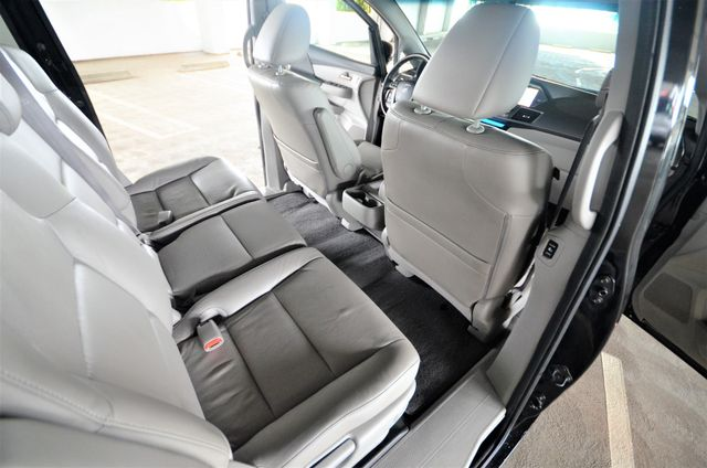 2011 Honda Odyssey Touring Reseda, CA 38