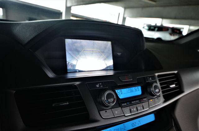2011 Honda Odyssey Touring Reseda, CA 42