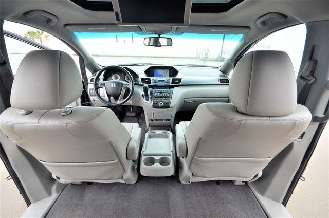 2011 Honda Odyssey Touring Reseda, CA 5