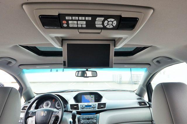 2011 Honda Odyssey Touring Reseda, CA 10
