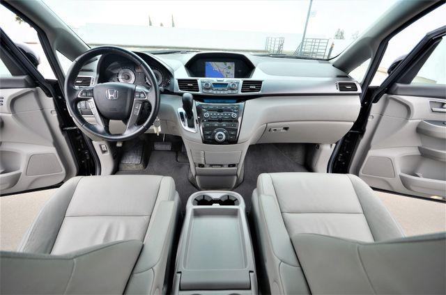 2011 Honda Odyssey Touring Reseda, CA 4