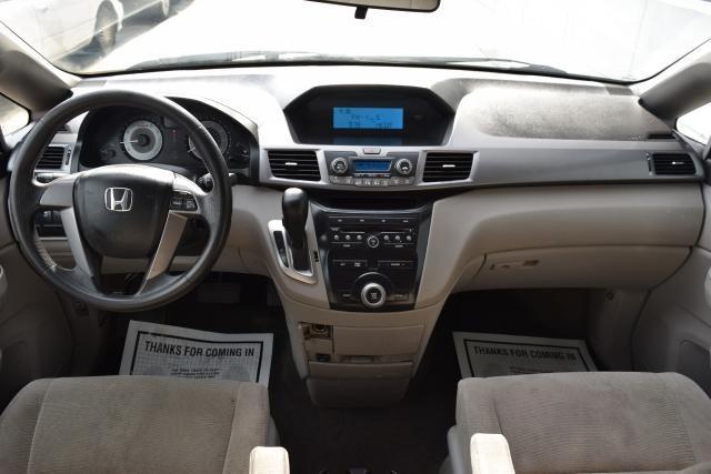 2011 Honda Odyssey LX Richmond Hill, New York 17