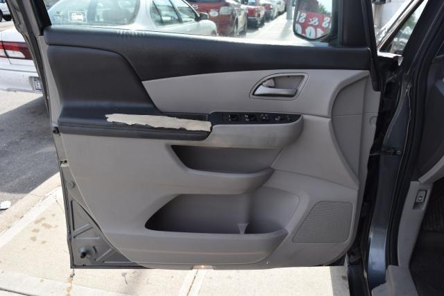 2011 Honda Odyssey LX Richmond Hill, New York 6