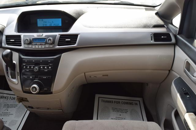 2011 Honda Odyssey LX Richmond Hill, New York 19