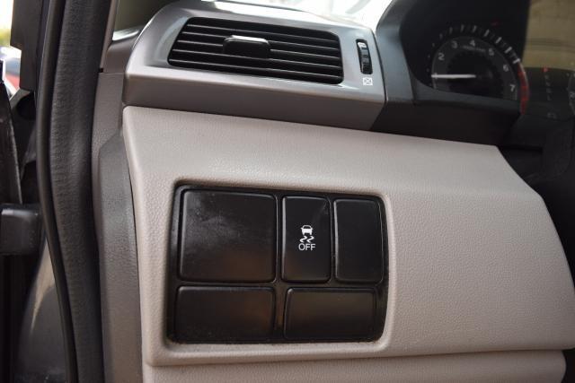 2011 Honda Odyssey LX Richmond Hill, New York 8