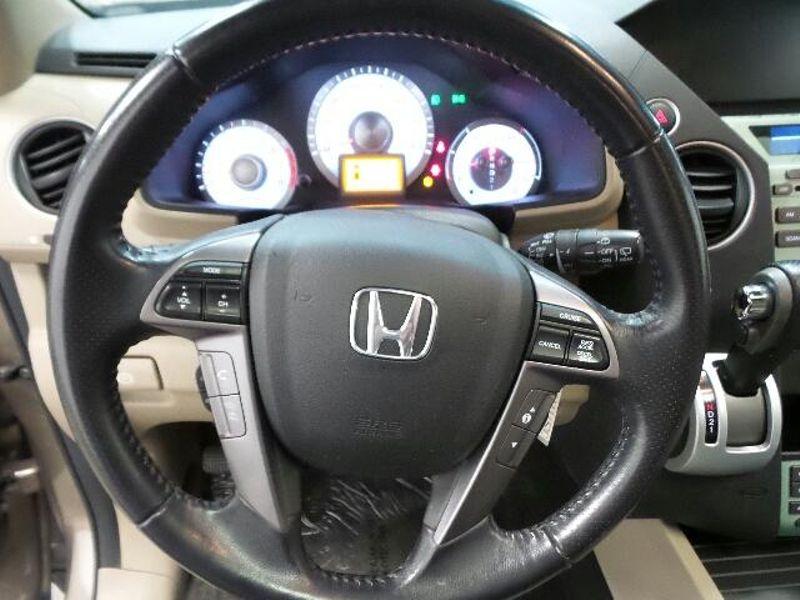 2011 Honda Pilot EX-L  in Victoria, MN