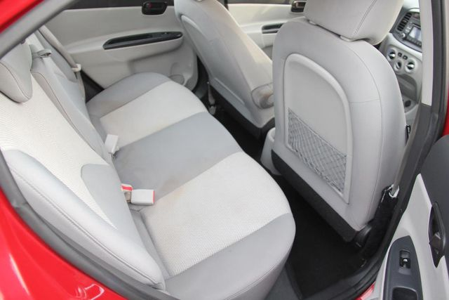2011 Hyundai Accent GLS Santa Clarita, CA 16