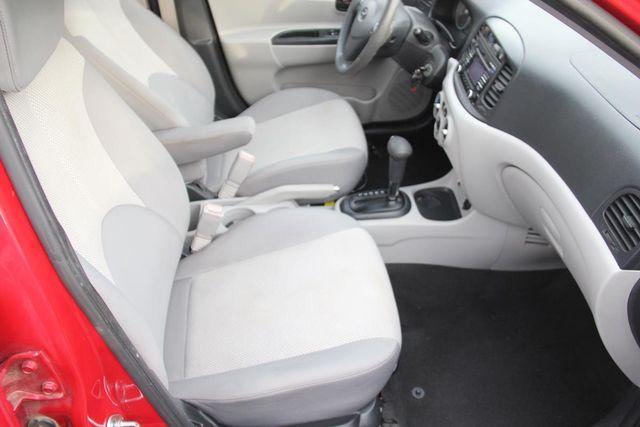 2011 Hyundai Accent GLS Santa Clarita, CA 14