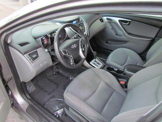 2011 Hyundai Elantra GLS Sacramento, CA 11